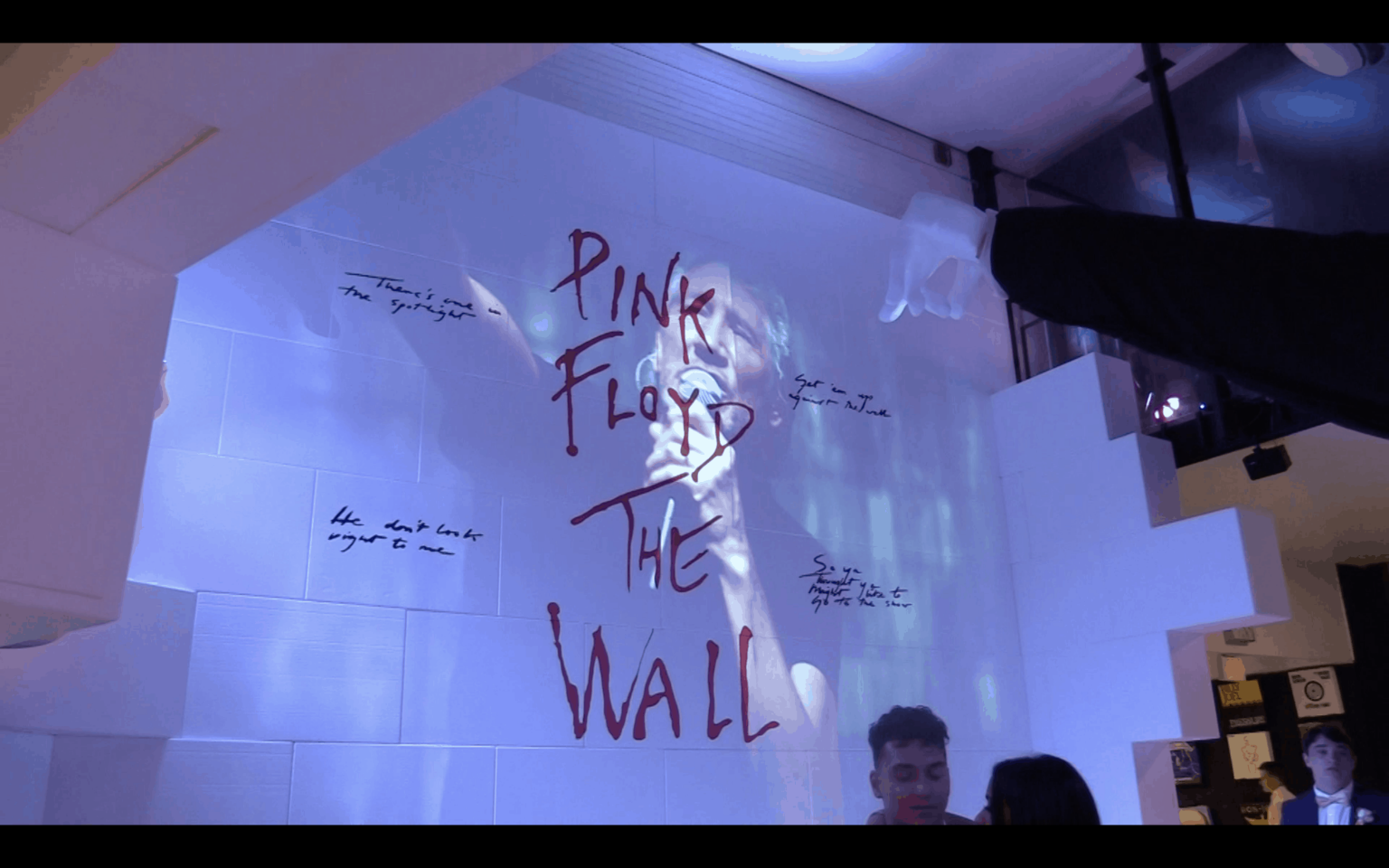 """Pink Floyd """"The Wall"""" Immersive"""